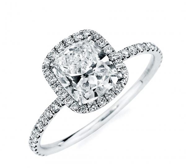 Тонкое помолвочное кольцо с бриллиантом в 3 карата   AOG-ER-0114 fb237aa68e3